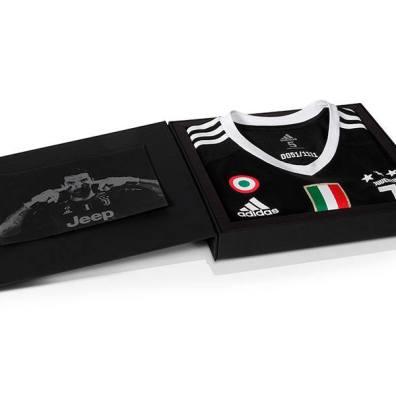 reputable site e82e0 8e908 Buffon: The Black Edition Collectible Jersey #Gig1Bday #40 ...
